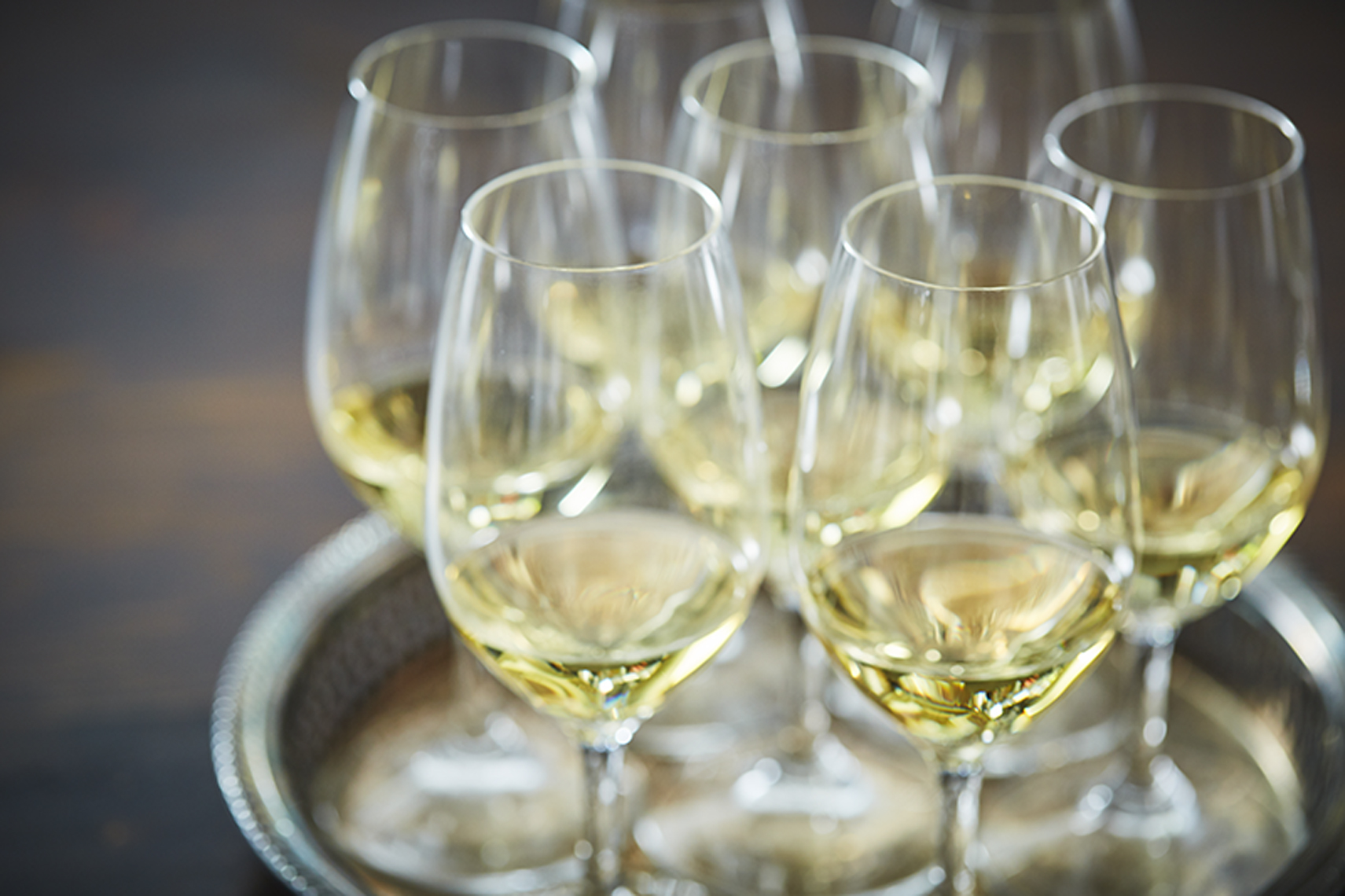 AlanCampbellPhotography, Chardonnay glasses on tray
