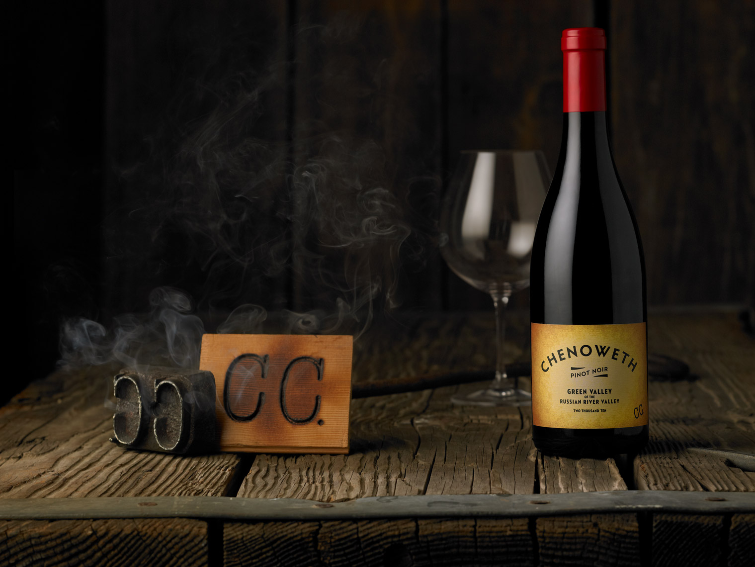 AlanCampbellPhotography, Chenoweth Vineyards wine shot with cool brand