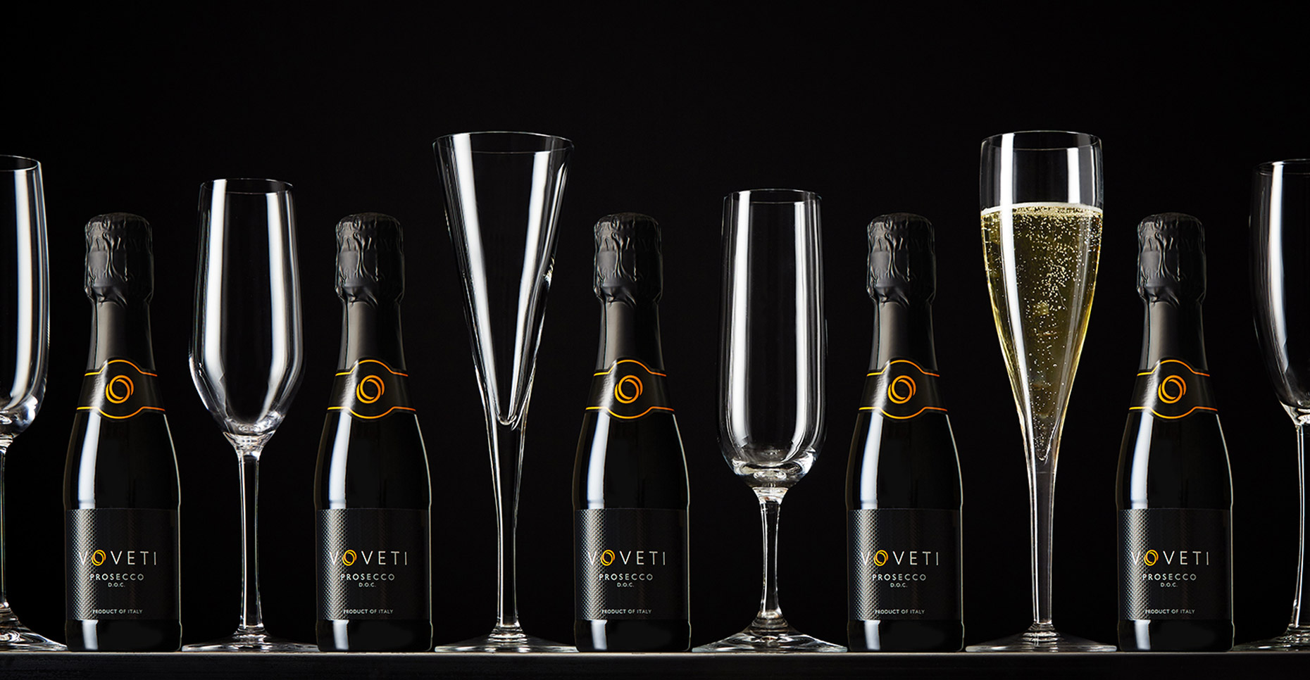 AlanCampbellPhotography, Volveti wine line up of prosecco