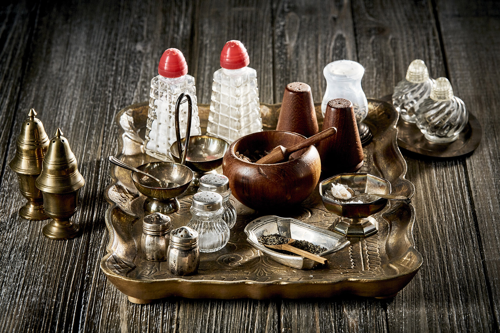 AlanCampbellPhotography, Vintage Salt_Pepper dispensers still life