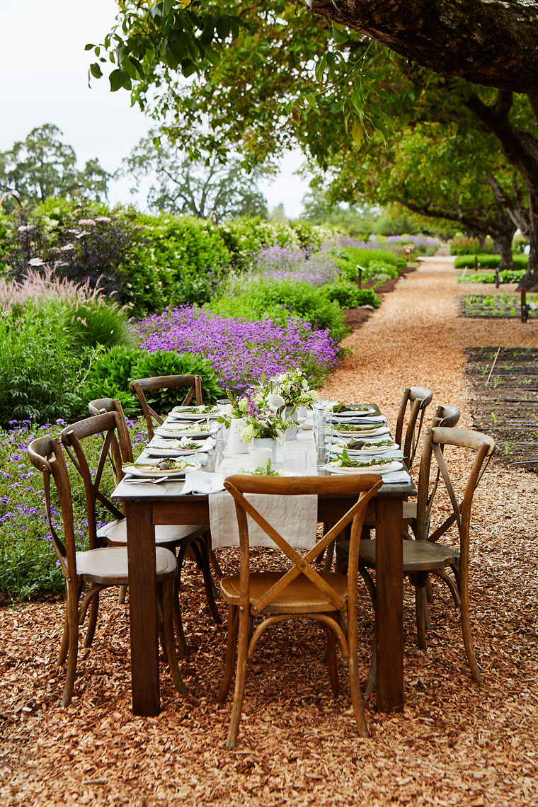 AlanCampbellPhotography, elegant garden Tablesetting